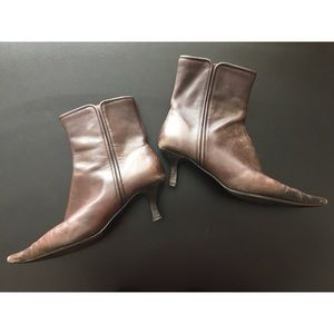 Bandolino brown leather ankle boots, size 8.5